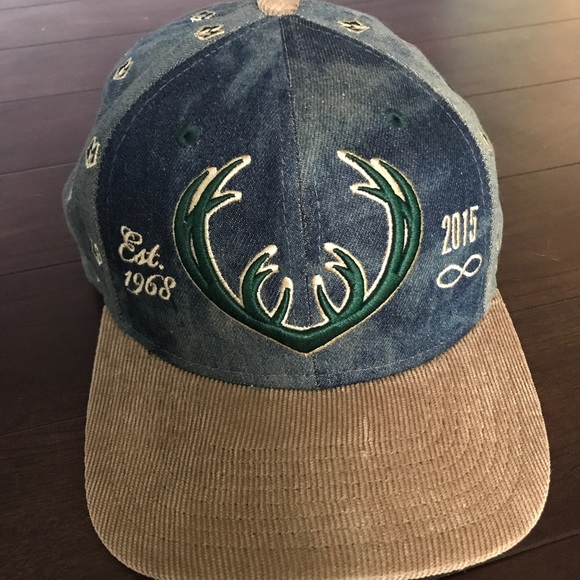 825ea219cc6 LIMITED EDITION Milwaukee Bucks Hat. M 5b8da533e944baae9533d22e